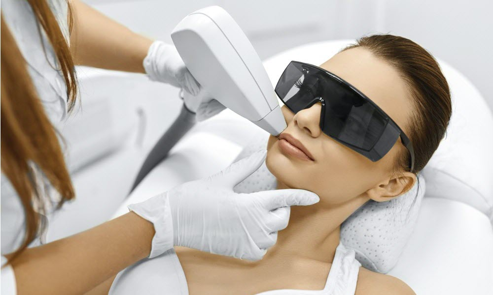 RADIO FREQUENCY SKIN TIGHTENING TREATMENTS Collagen Induction Therapy