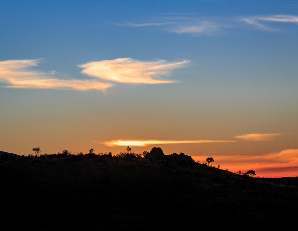 Things to do in Alice Springs: Sunset at Mount Sonder