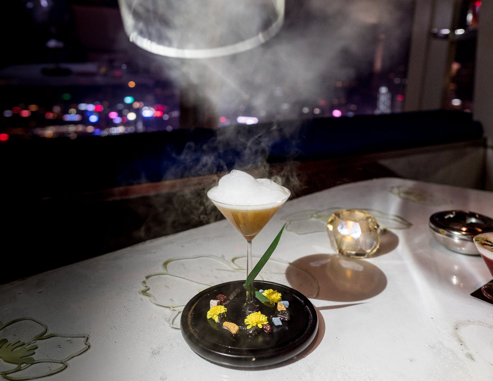 Best things to do in Hong Kong: Ozone signature cocktail