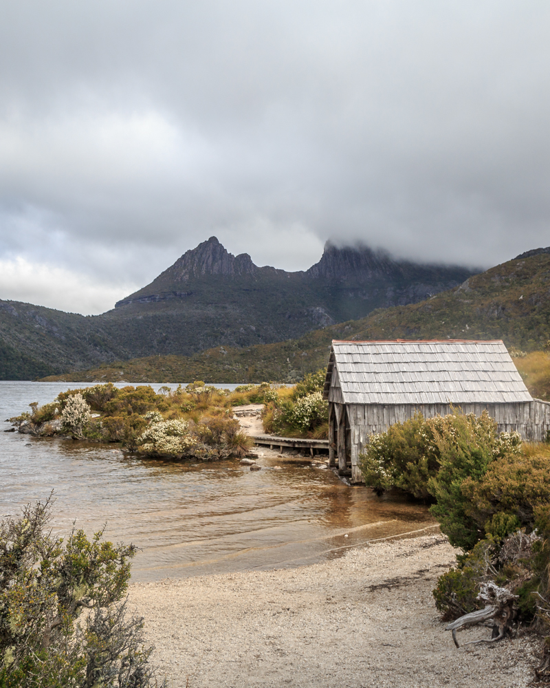 Instagrammable Tasmania - Dove Lake