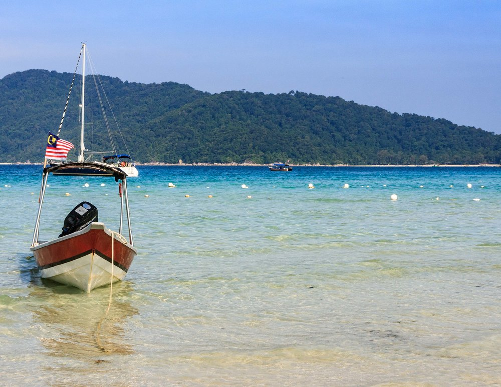 Unmissable things to do in Malaysia: swim with turtles in the Perhentians