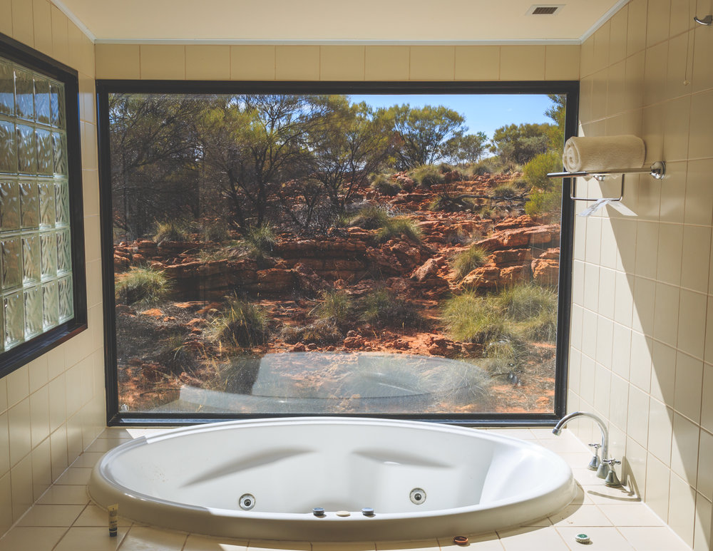 Instagrammable spots in the Outback: Outback jacuzzis in Kings Canyon