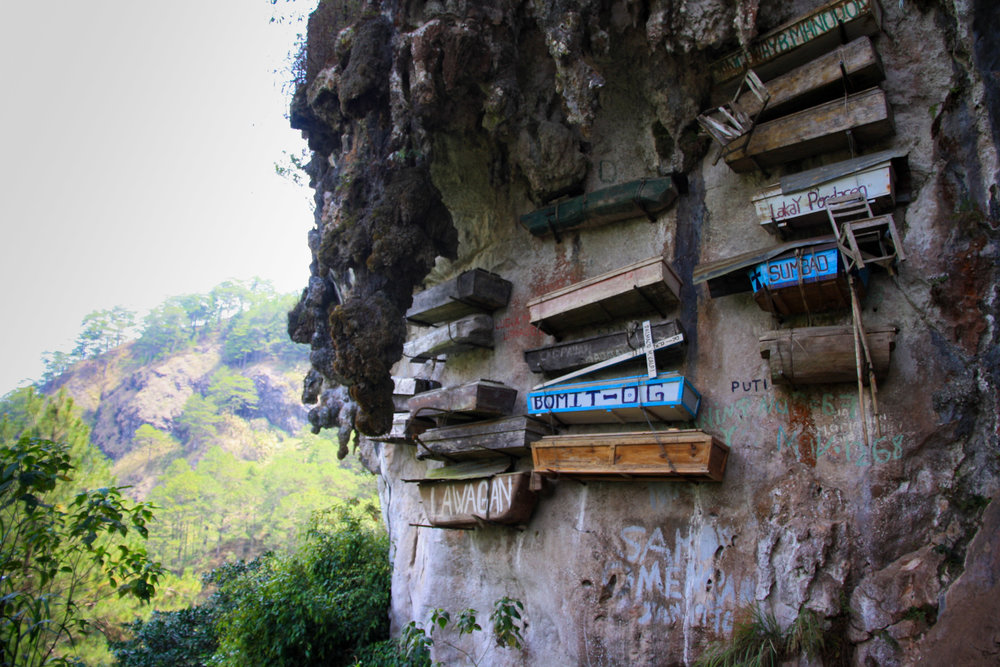 Best things to do in Luzon (The Philippines): Hanging coffins Sagada
