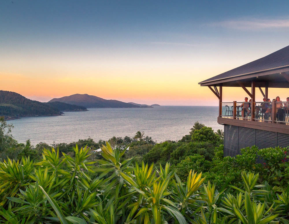 Best things to do in the Whitsundays: Have a sundowner at One Tree Hill