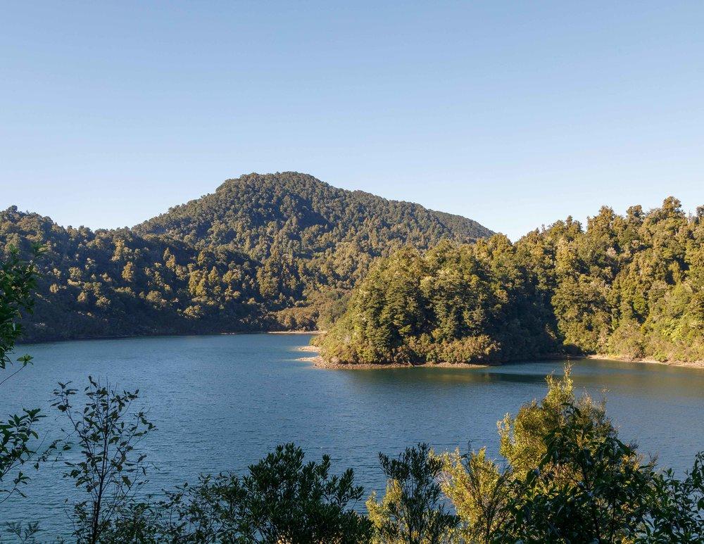 Lake Waikaremoana, Great Walk of New Zealand