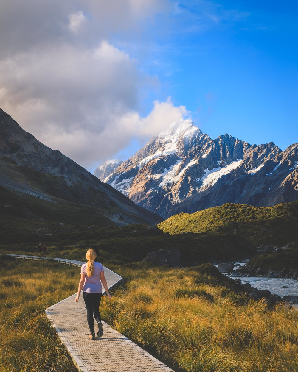 The beautiful Hooker Valley Track in Mount Cook