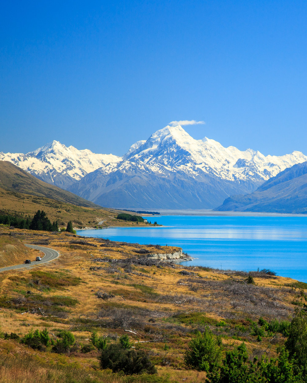 Instagrammable spots of New Zealand: Highway 80, Mount Cook Road