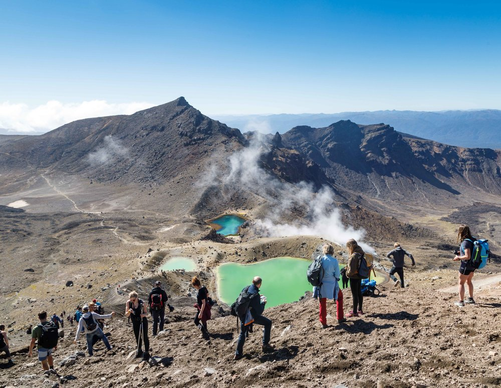 How busy the Tongariro Alpine Crossing gets