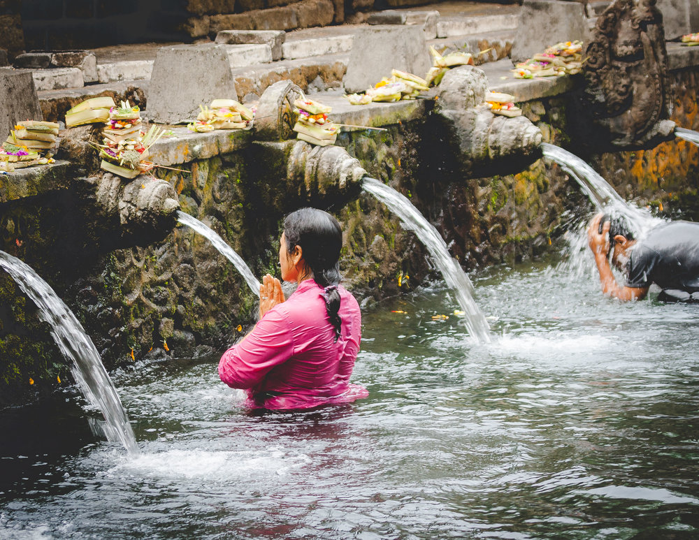 Amazing things to do in Ubud: Pura Tirta Empul