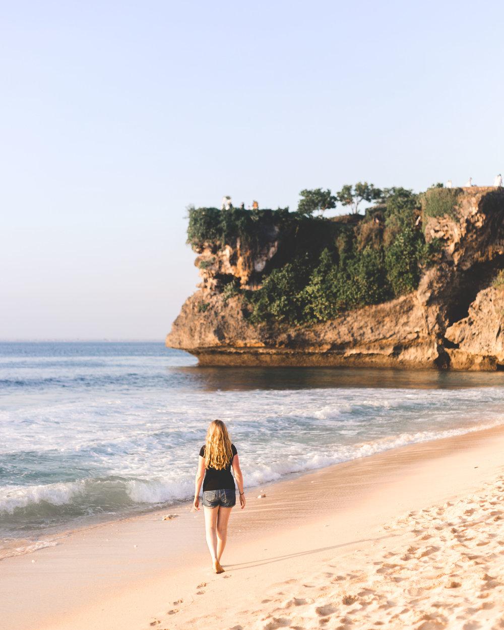 Instagrammable spots in Bali: Dreamland Beach