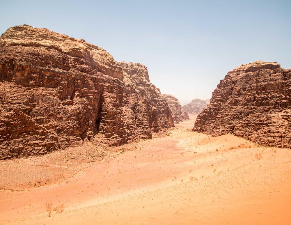 Wadi Rum Tours or Self Guide?