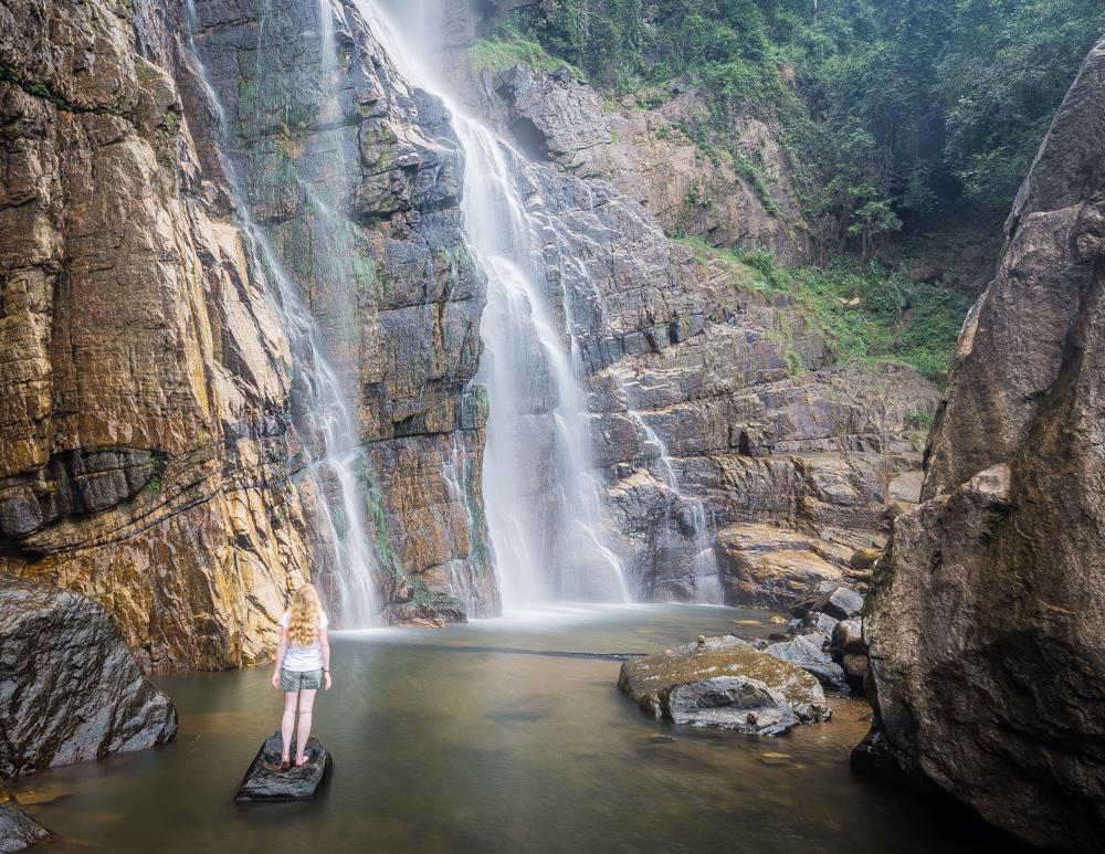 Imagini pentru diyaluma falls sri lanka