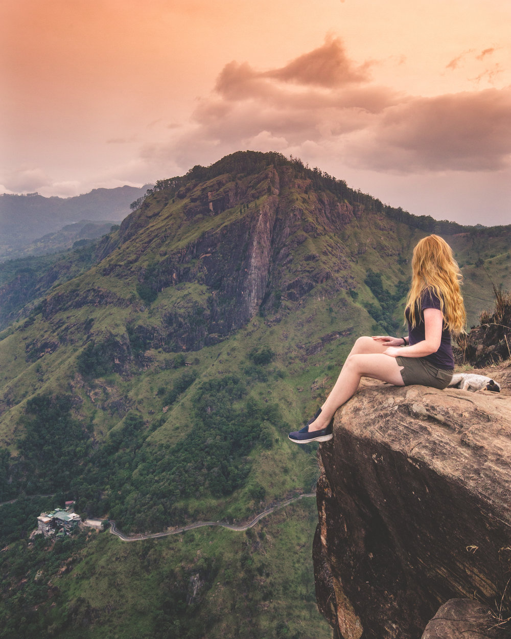 Instagrammable spots in Sri Lanka - Little Adam's Peak