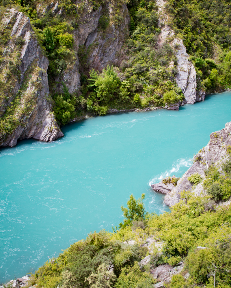 2 week New Zealand South Island Itinerary - Shotover river