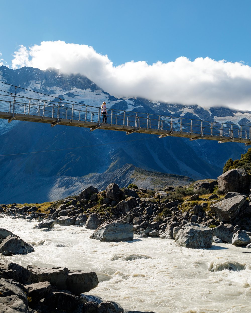 2 week New Zealand South Island Itinerary: Hooker Valley Track