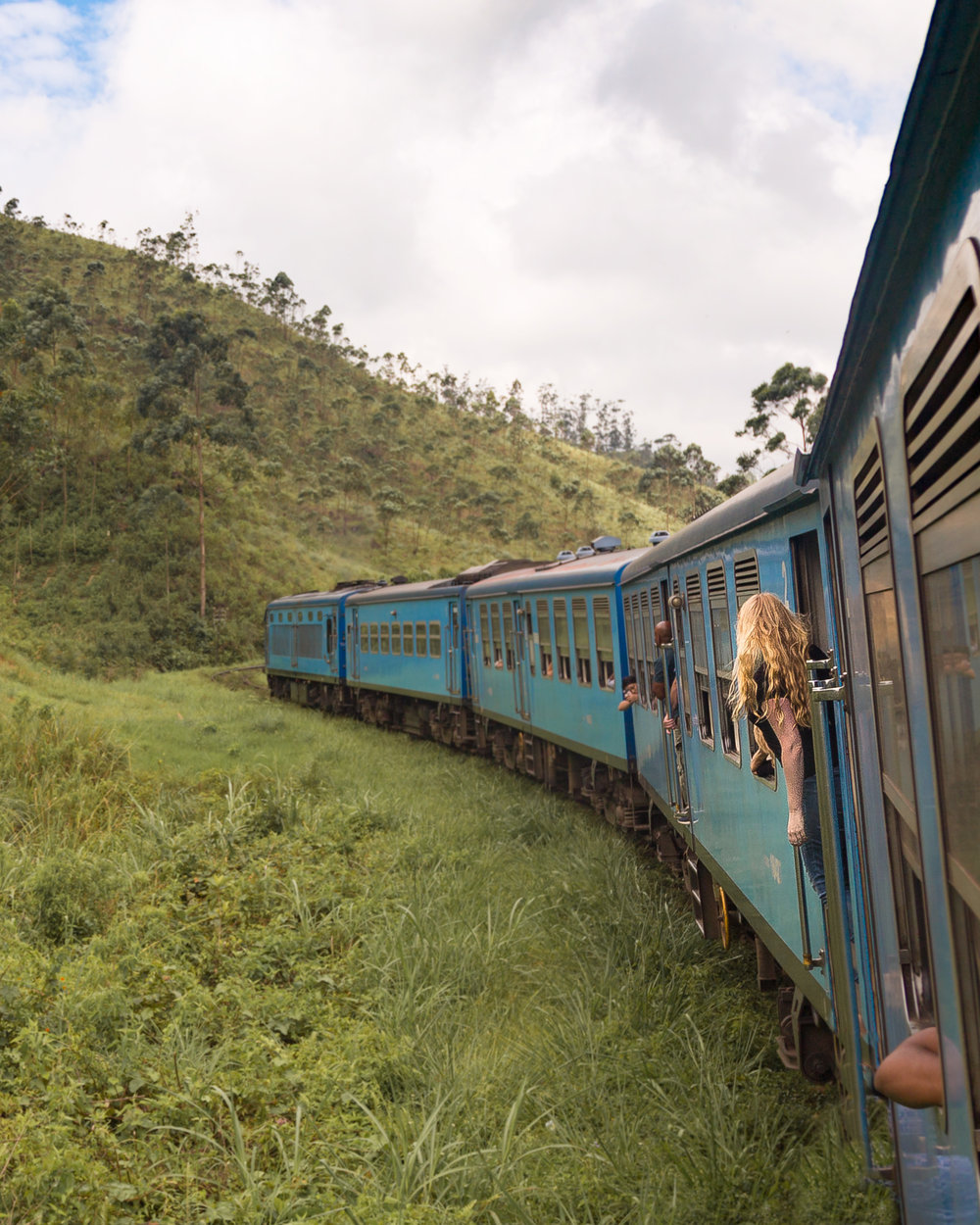 Sri Lanka Itinerary 2 weeks: Kandy to Ella Train