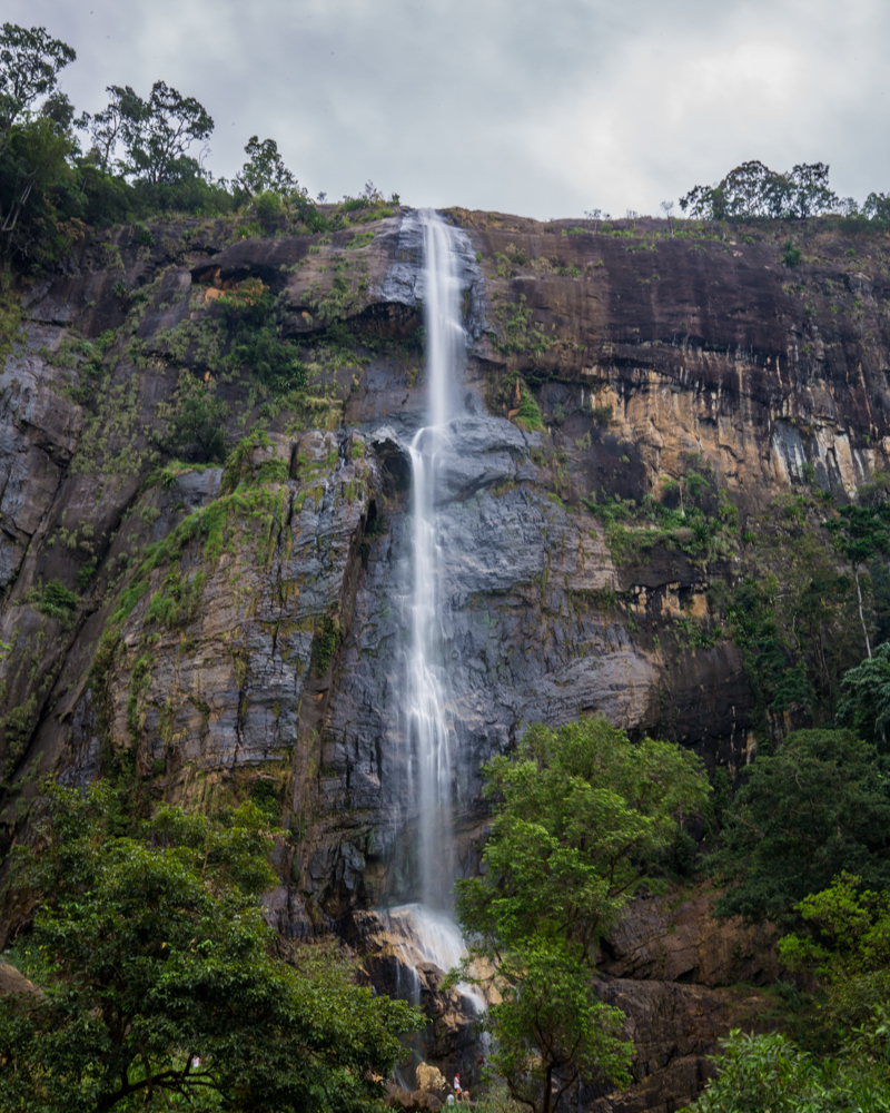 2 weeks Sri Lanka Itinerary - Diyaluma Falls