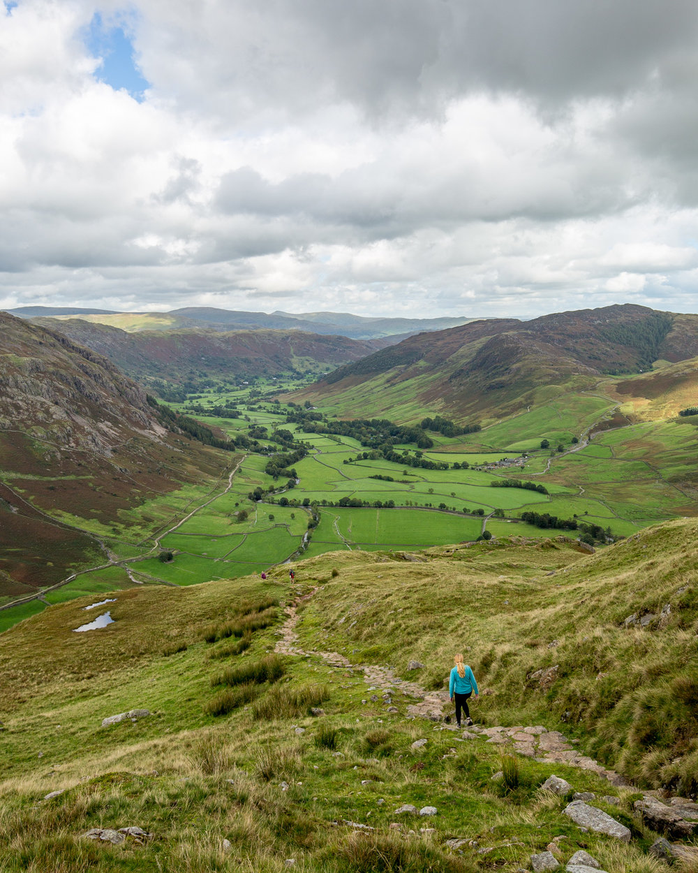 The view of the Langdale Valley from the Band