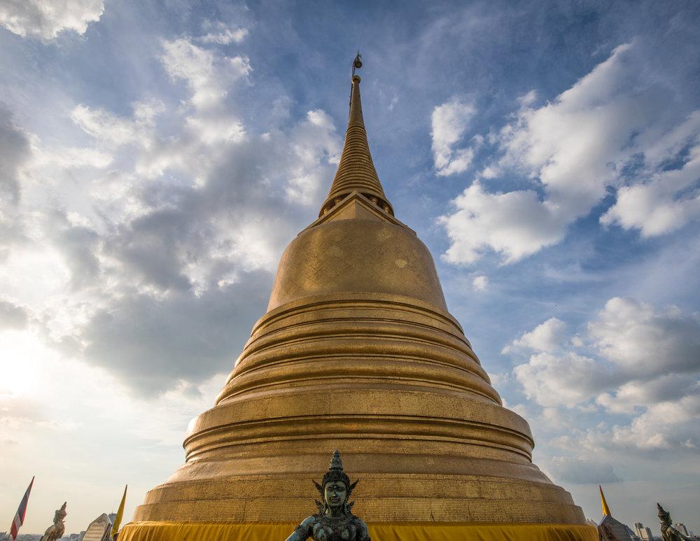 Wat Saket, golden mount