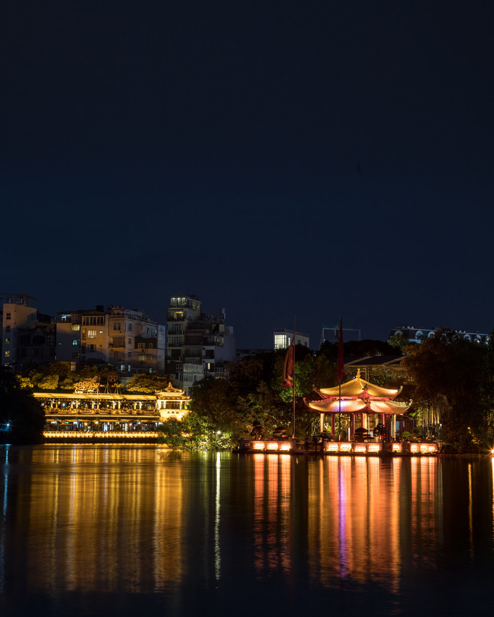 Best things to do in Hanoi - Hoan Kiem Lake
