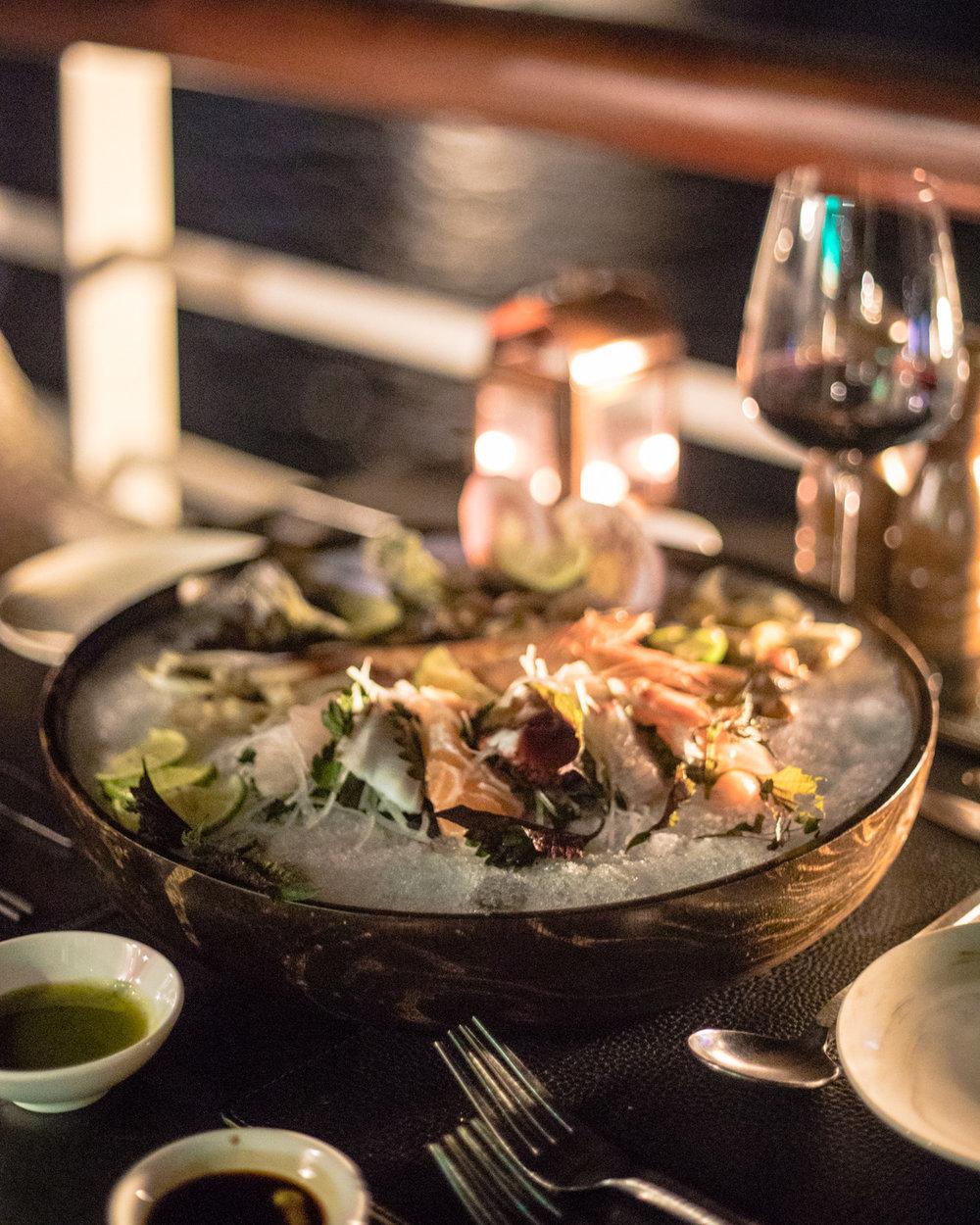 Meals on the Paradise Elegance Cruise - Halong Bay