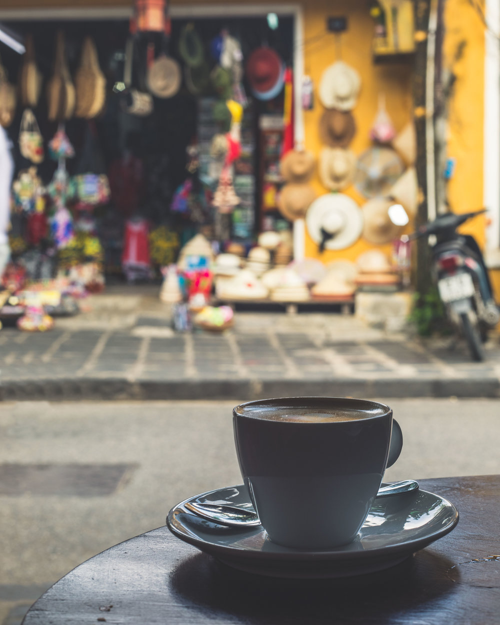 What to do in Hoi An - Coffee shops!