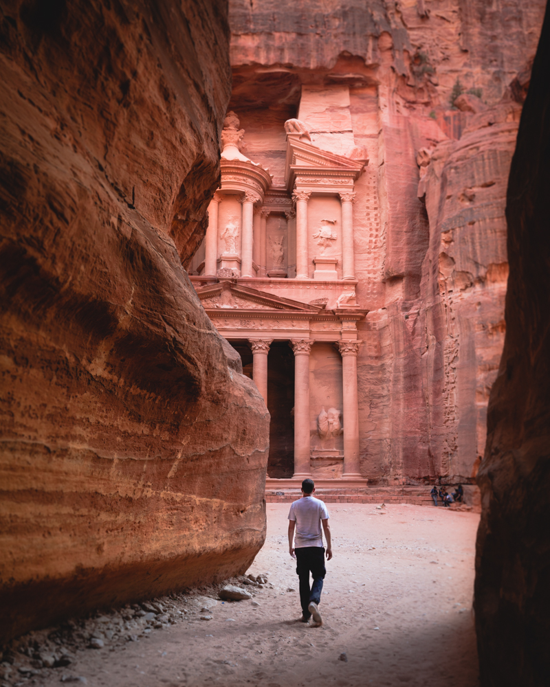 Backpacking Jordan - How to get Petra to yourself