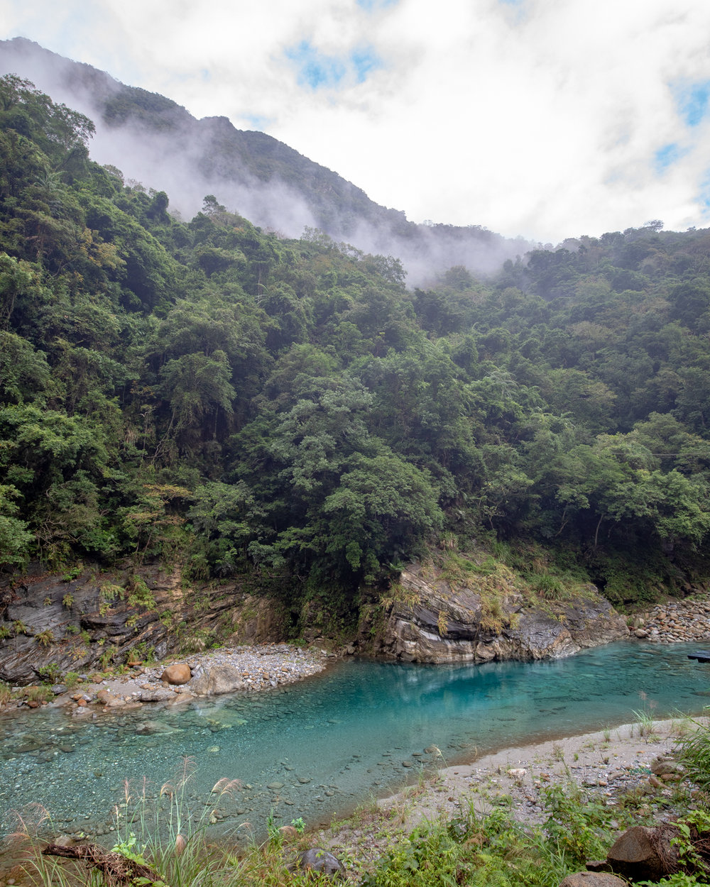 The blue water on the Shakadang Trail in Taroko Gorge