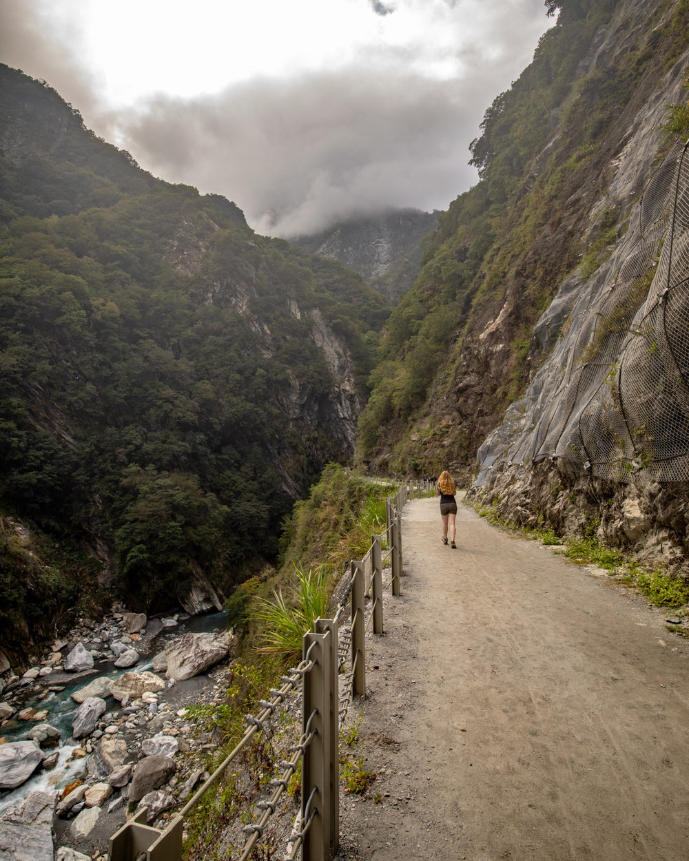 Baiyang Trail walk - Taroko Gorge