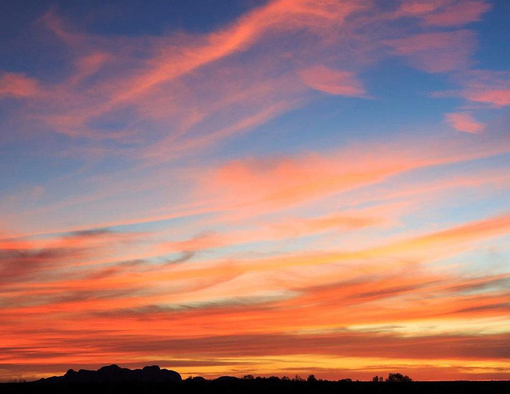The sunset view of Kata Tjuta