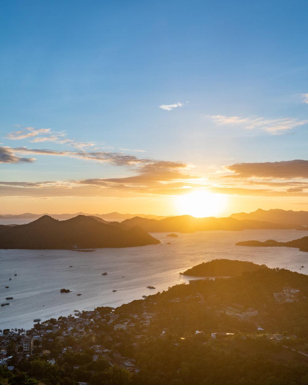 Mount Tapyas Sunset - Phillipines Itinerary Coron