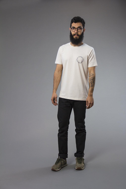 Tshirt_explorando_03_w.jpg