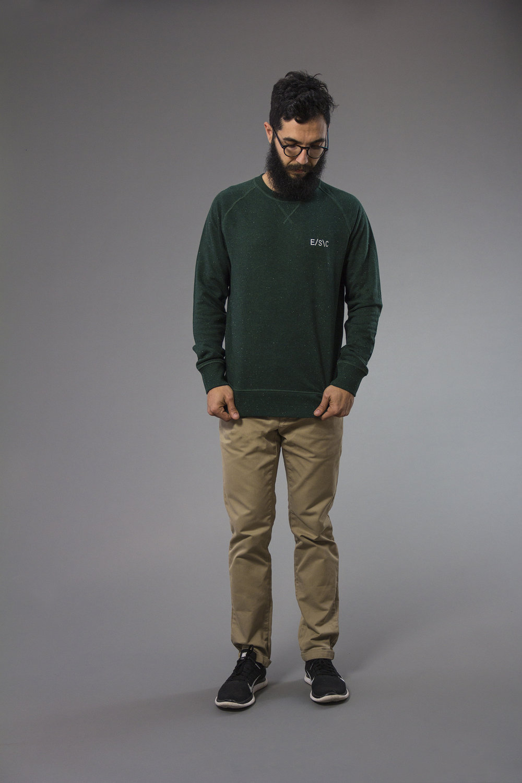 Sweatshirt_esc_logo_02_gs.jpg