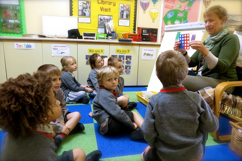 pre-prep-pupils-west-sussex-private-school-sompting-abbotts