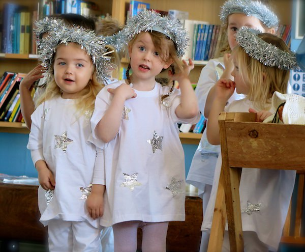 nativity play children at sompting abbotts