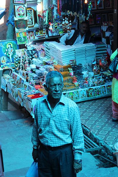 Manish Khullar - Street Portraiture in India.