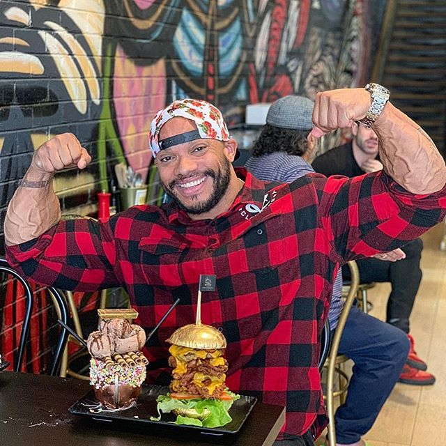 It might only be Tuesday but were already looking forward to our next cheat meal. Throwback to when @sergioolivajr came down and demolished the 24k Golden Phat Stacks. who in your squad could tackle this ?