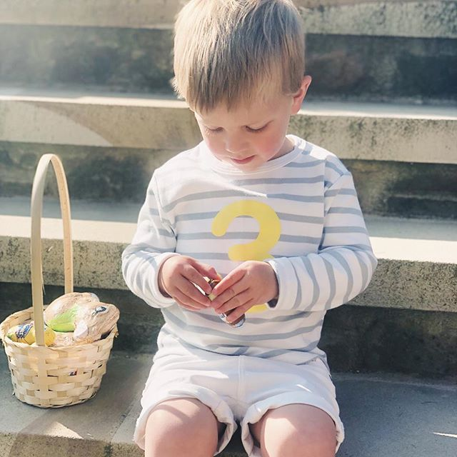Happy Easter lovelies 🐣 this little bunny was very pleased with his haul of choc choc! Now for sunshine and family time ☀️💗