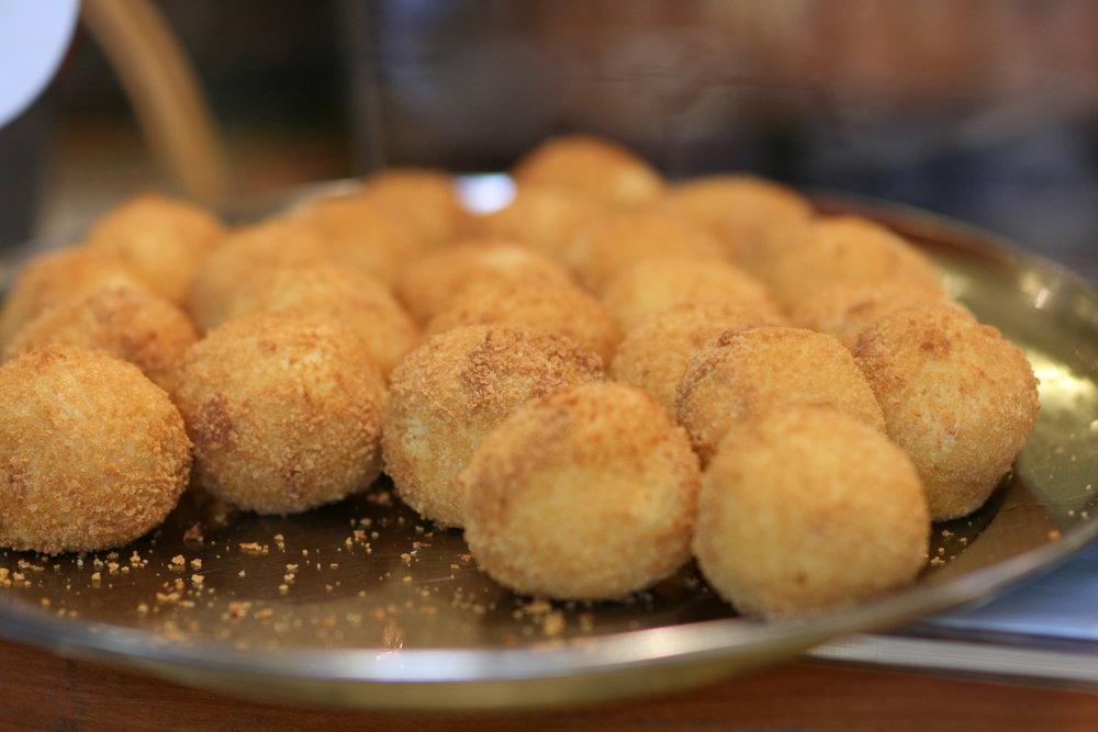 Aroma Market Stuffed Potato.jpg