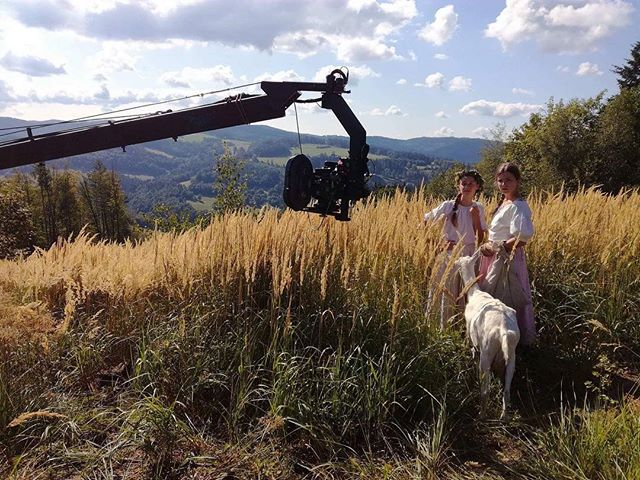 🛤 Beautiful Czech landscapes. You must love this country! 📸 Photo by our d.o.p. @fidosoft & famu team  #setlife #filmmaking #arri #zeiss #cinematography #czechia #landscapes #jib #vantage #famu