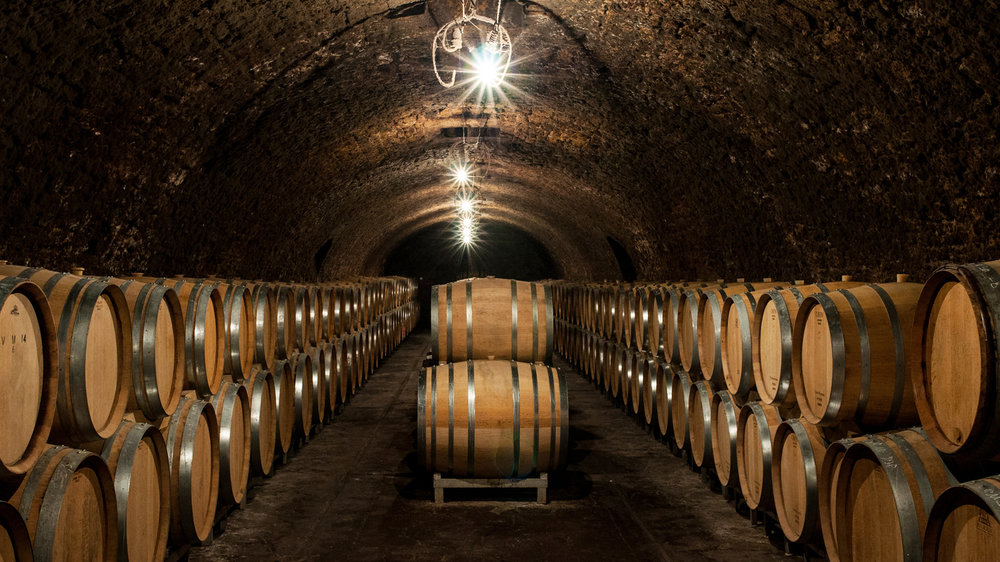 champagne-jacques-selosse-cellar_cc_wide-5e032f19efad3183483a8efd1ae10d88332f745d.jpg
