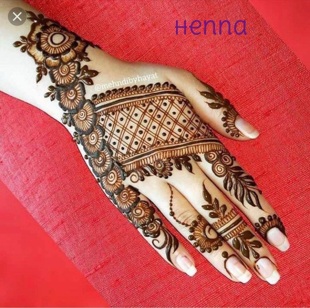 Henna 4.jpg