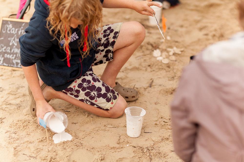 Sandcasting sea creatures