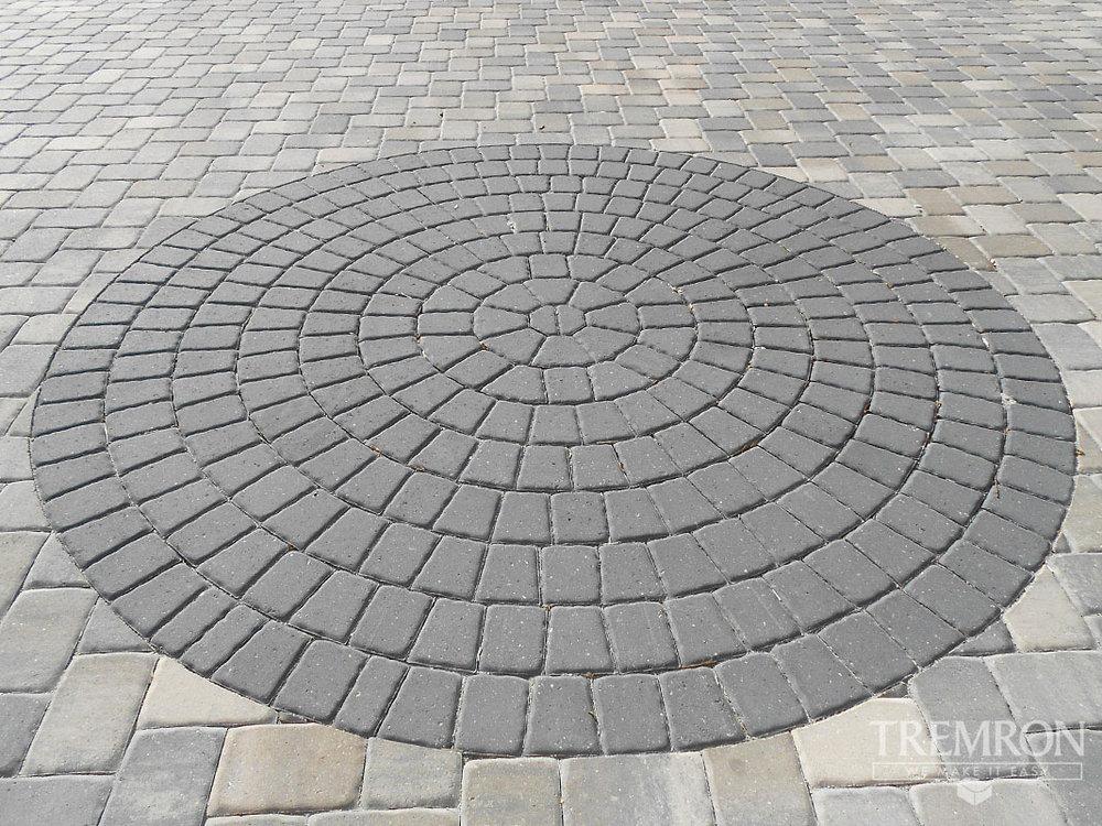 romanesque_circles_04.jpg