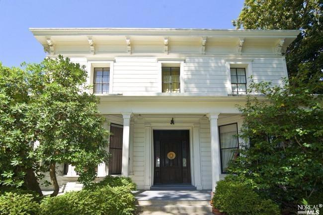 1221 Seminary Street | $700,000