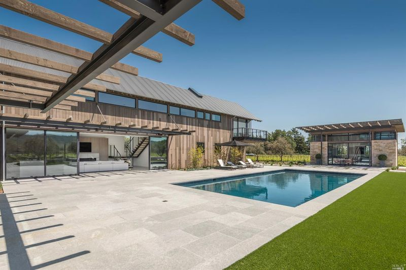 $8.5M | Orchard Ave