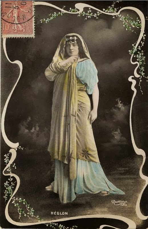 Meyriane Héglon, postcard portrait in unidentified opera