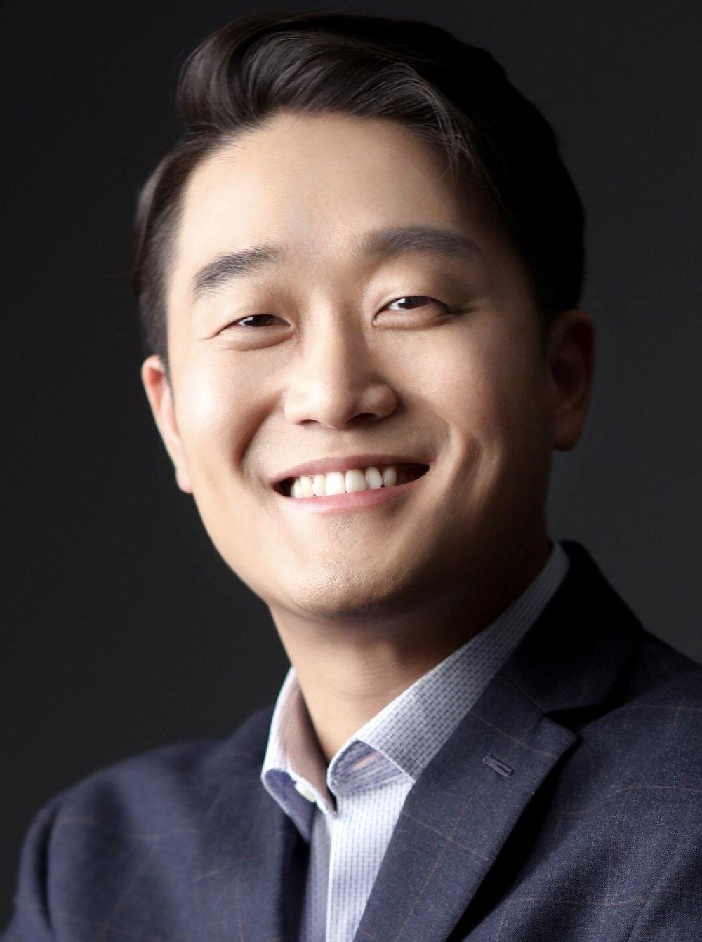 headshot1 - Joseph Han.jpeg