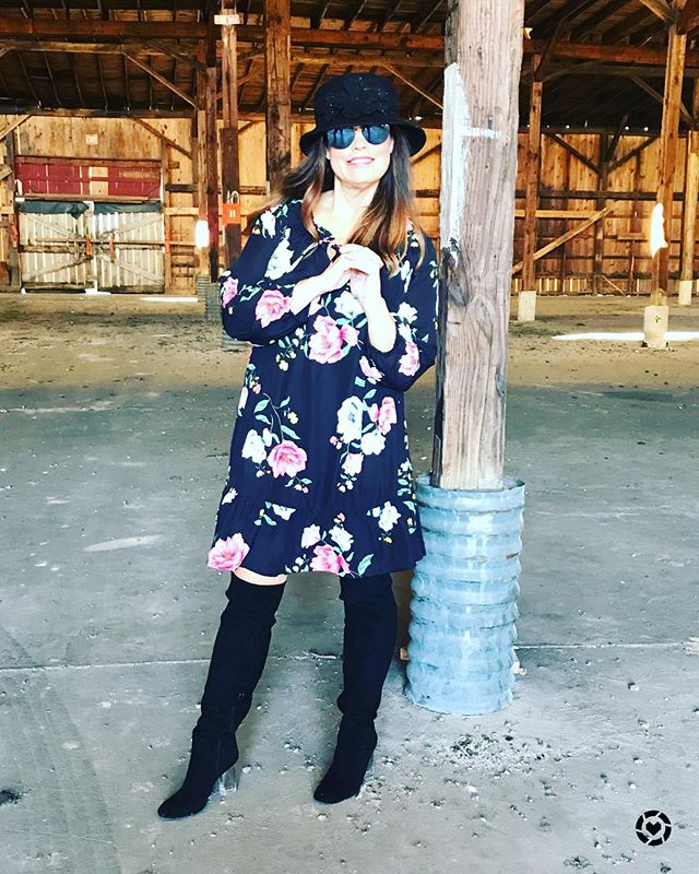 You can rock a large floral print and not look like you are wearing a bedspread! This dress is under 40! These boots are everything this fall. You can shop my look by Downloading the free LIKEtoKNOW.it app and taking a screenshot of this pic or simply search for my Southern Shine 2017 page http://liketk.it/2y6vT #liketkit @liketoknow.it #liketoknowitunder50 #over40styleblogger #microinfluencers #over50styleblogger #southershine #floraldress #fashionover30 #fashionatanyage #southernstyle#oldnavystyle #otkboots