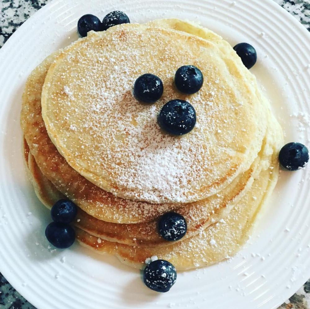 protein lemon pancakes